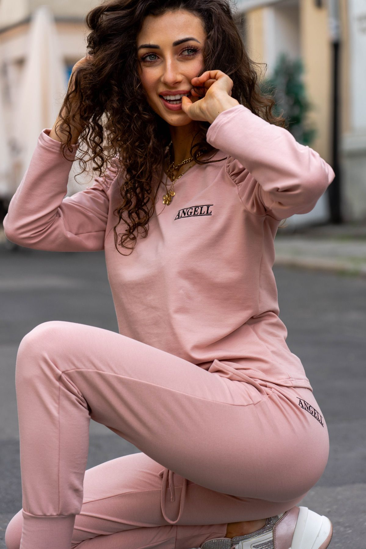 Spodnie dresowe Mona